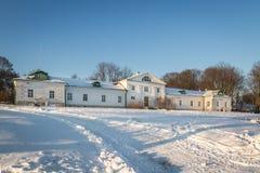 Det Volkonsky huset i Yasnaya Polyana russia tula Arkivfoton
