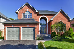 Free Detached Suburban Home Stock Image - 22124461