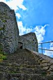 Detail über altes Schloss mit Steinwand Stockfoto