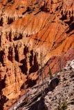 Detail, Berggipfel und Unglücksboten Stockfoto