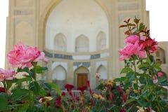 Detail - chor-Bakr met rozen Royalty-vrije Stock Foto's