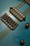 detail den elektriska gitarren Fotografering för Bildbyråer