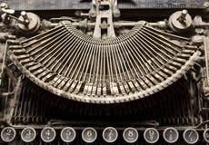 detail den gammala skrivmaskinen Royaltyfria Bilder