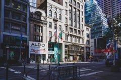 Detail der 5. Allee in Manhattan, New York eins der Hauptleitung Lizenzfreie Stockfotografie