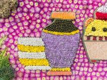 Detail der Blumendekoration für Vasenbild (Blumen-Festival, Thailand) Stockfotos