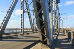 Detail der Brücke in Kremenchug, Ukraine Stockfotografie