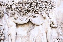 Detail der Fassade des Duomo von Orvieto, Italien Marmor-bas- Lizenzfreie Stockfotografie