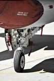 Detail der Flugzeuge F16 mit Fahrwerk Stockfotografie
