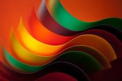 Detail der gebogenen, farbigen Blätter Papier Stockbild