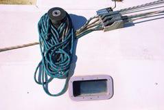 Detail der Handkurbel eines Segelboots Lizenzfreie Stockbilder