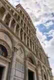 Detail der Kathedrale von Santa Maria Assunta an Marktplatz dei Miracoli-Quadrat in Pisa, Toskana, Italien stockbilder
