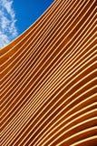 Detail der modernen hölzernen Architektur stockfotografie