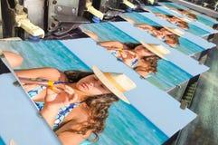 Detail der nähenden Druckmaschine des Ausgleichs für Buch Stockfotografie