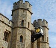 Detail der Spitze des Juwel-Hauses am Tower von London lizenzfreie stockfotos