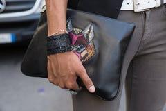 Detail der Tasche Milan Men-` s an der Mode-Woche Lizenzfreies Stockbild