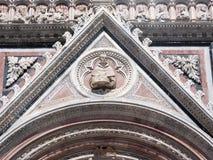 Detail der Westfassade von Siena Cathedral Lizenzfreies Stockfoto