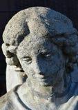 Detail der Zementengelsstatue Stockfotos
