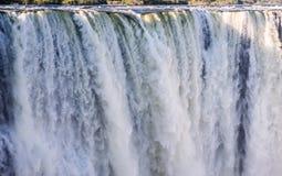 Detail des fallenden Wassers Victoria Falls Nahaufnahme Nationalpark Mosi-oa-Tunya und Welterbestätte Zambiya zimbabwe Stockbild