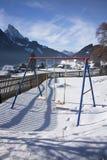 Detail des Schwingens in Gstaad, die Schweiz, im Winter mit Schnee Lizenzfreies Stockbild