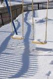 Detail des Schwingens in Gstaad, die Schweiz, im Winter mit Schnee Lizenzfreie Stockfotos