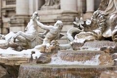 Detail des Trevi-Brunnens in Rom. Stockfoto
