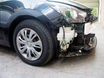 Detail des zertrümmerten Autos Front End Damage stockfotografie
