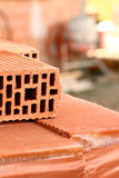 Detail des Ziegelsteines auf Baustelle stockfotografie
