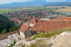 Detail of destroyed ruined walls of medieval Rasnov citadel in R Royalty Free Stock Photos