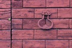 Detail einer alten hölzernen Tür Lizenzfreies Stockfoto