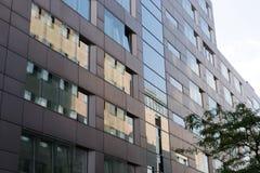 Detail einer Fassade eines modernen Bürogebäudes, Deutschland Stockfotos