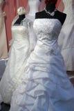 Detail eines Hochzeitskleides Stockfoto