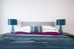 Detail eines modernen doppelten Schlafzimmers lizenzfreie stockbilder