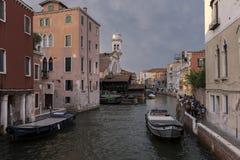 Detail eines venetianischen Kanals Stockfoto