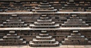 Detail getretener Behälter des Vijayanagara-Reiches in Hampi stockfotos