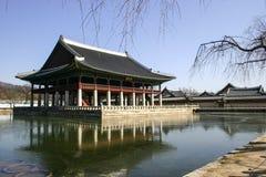 detail gyeongbokgung exponerade seoul för taket för den korea nattslotten söder Fotografering för Bildbyråer