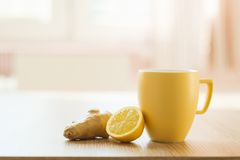 Detail of honey and lemon Royalty Free Stock Photography