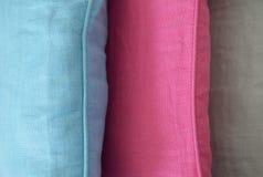 Detail mit drei unterschiedliches Kissen Stockfotografie