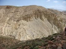 Detail of a mountain from a very interesting geologic point of view in the middle Atlas in Maroc. Detail of a mountain of the Atlas in Maroc. White mountain Stock Photo