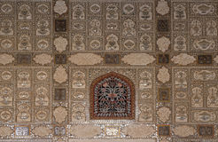 Free Detail Of The Mirrored Ceiling In The Mirror Palace At Amber Fort In Jaipur Royalty Free Stock Image - 96596066