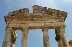 Detail of an old arch of the Colonnade in Apamea in Syria Stock Photos