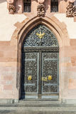 Detail of old wooden door of townhall  in Frankfurt Stock Photography