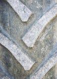 Detail schließen oben von einem Reifenschritt von einem Traktor oder von anderen Hochleistungsbaumaschinen Stockfoto