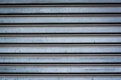 Detail van de gesloten blinden van de staalveiligheid Stock Foto's