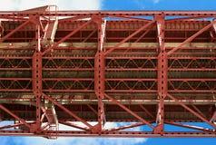 Detail van de opgeschorte brug van Lissabon Stock Foto