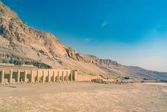 Detail van de ruïnes van het zijdeel van de tempel in eer o stock fotografie