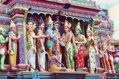 Detail van de tempel van Sri Mariamman in Singapore stock afbeeldingen