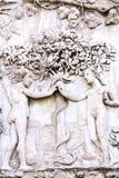 Detail van de voorgevel van Duomo van Orvieto, Italië Marmeren bas- stock foto's