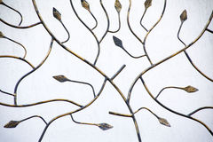 Detail van decoratieve metaalomheining met bloemenelementen Royalty-vrije Stock Afbeelding