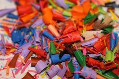 Detail van een abstract beeld van een stapel of een hoop van gekleurde spaanders of overblijfselen van kleurpotloden Royalty-vrije Stock Afbeelding