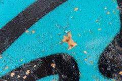 Detail van een blauwe en zwarte graffiti Royalty-vrije Stock Afbeelding